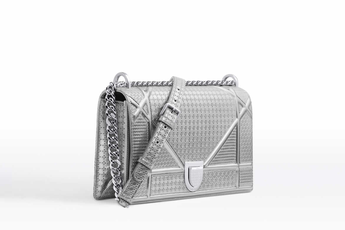 Аутентификация сумки Dior Diorama Metallic Bag
