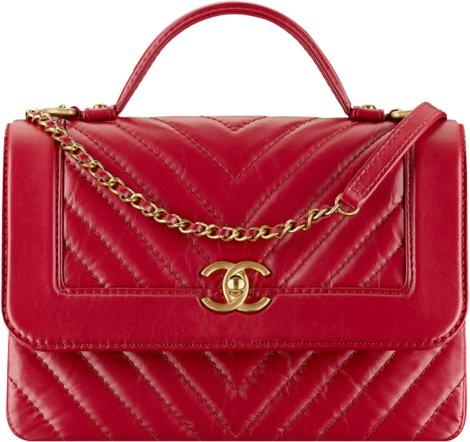 Красная сумка-конверт Chanel из кожи теленка