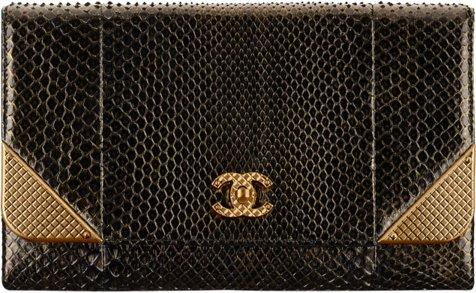 Клатч Chanel из кожи питона
