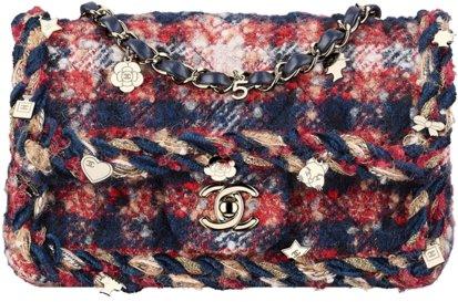 Элегантная сумка-конверт Chanel, твидового плетения.